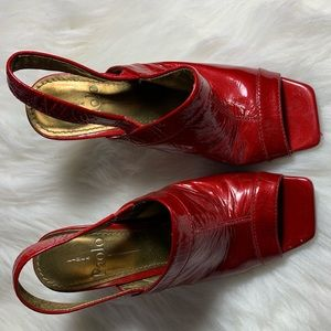 LINEA PAOLO SANDALS SZ 6 RED